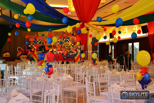 Affordable balloon decor package 2 skylite advertising for Balloon decoration packages