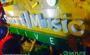 acrylic-sign-smart-music