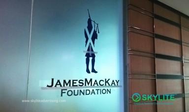 mackay_logo_signage_6