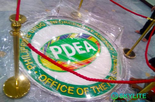 pdea_logo_signage_with_clear_resin_and_lamination_5