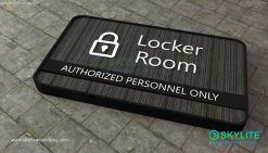 door_sign_6-25x11_fabric_locker_room00002