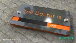 door_sign_6-25x11_metal_etching_doctor_is_in00002