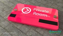 door_sign_6-25x11_painted_versaboard_private_room00002