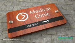 door_sign_6-25x11_purewood_withLaminates_medical_clinic_room00001