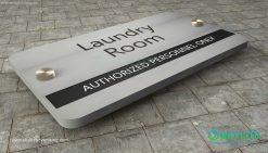 door_sign_6-25x11_versaboard_withWoodVinyl_laundry_room00000