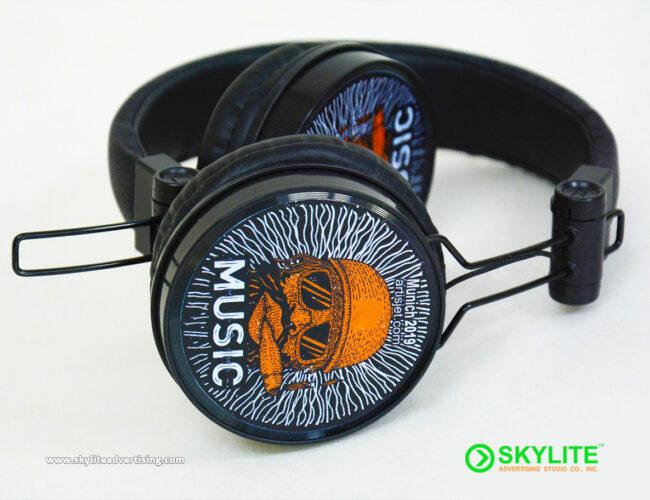 UV-Printed-Headset-Graphics-1.jpg